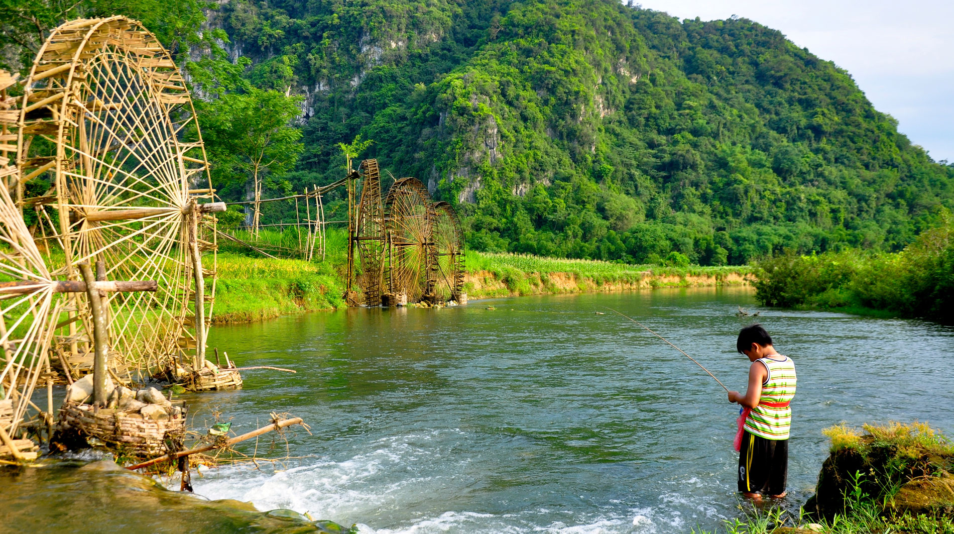 Ha noi - Pu Luong Discovery Homestay 2 days trekking tour