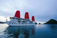 Thanh Hoa Ha long bay 3 days 2 nights on Syrena cruise